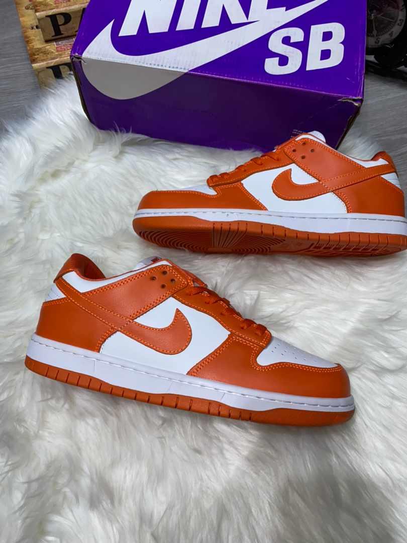 Nike - Dunk Low Retro Sneakers  - Rubber/Leather/Nylon - 8 - Orange Nike Dunk